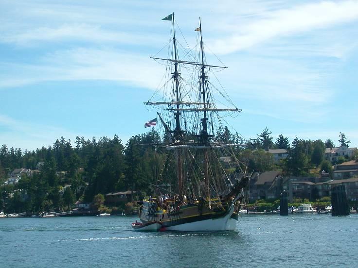 Lady Washington docking it Friday Harbor.
